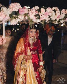 Finger Mehndi Style, Mens Sherwani, Wedding Couples, Marriage, Bridal, Fashion, Valentines Day Weddings, Moda, Fashion Styles