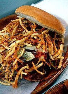 Como el compatriota del Canadá no tiene la posibilidad de conseguir fritas cubanas frescas, aqui le envio la receta más cercana a la origin...