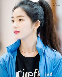 i think part of the reason as to why we hold onto something so tight is because we fear that something so great will never, ever happen twice Seulgi, Kpop Girl Groups, Kpop Girls, Korean Beauty, Asian Beauty, Korean Girl, Asian Girl, Irene Red Velvet, Red Valvet