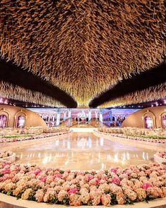 Luxury Wedding Decor, Luxe Wedding, Modest Wedding, Glamorous Wedding, Wedding Looks, Dream Wedding, Wedding Mandap, Wedding Reception Venues, Wedding Stage