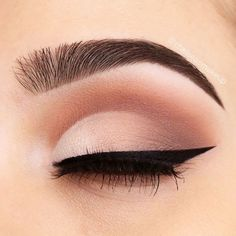 Ultimate Guide to Choosing and Applying Eyeshadow Properly: Tips and Tricks - make up - Cute Makeup, Glam Makeup, Makeup Inspo, Beauty Makeup, Makeup Looks, Makeup Geek, Makeup Ideas, 1980 Makeup, Hair Makeup