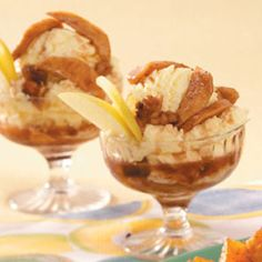 Baked Apple Recipes from Taste of Home, including Baked Apple Slices