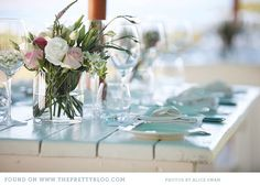 Beautiful table decor (theprettyblog.com)