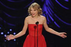 """7 Spellbinding Pictures of Taylor Swift Wearing Her Signature Color in Honor of New Album """"Red"""""""