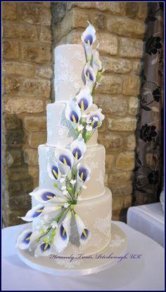 Elegant Wedding Cakes, Elegant Cakes, Beautiful Wedding Cakes, Wedding Cake Designs, Beautiful Cakes, Lace Wedding, Calla Lily Cake, Calla Lilies, Calla Lily Wedding