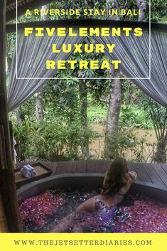 As soon as I got to Ubud, I was already in love with this beautiful city. After a lovely drive through the rice fields and cute little Balinese houses, we arrived to Fivelements Puri Ahimsa, a riverside luxury hotel in Ubud Bali. Read my full hotel review on the blog.