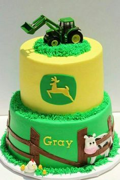 John Deere cake - Idea for my little boys birthday. He's such a freak for JOHN DEERE Fancy Cakes, Cute Cakes, Tractor Baby Shower, Foto Pastel, Decoration Patisserie, Farm Cake, Cakes For Boys, Cookies Et Biscuits, Creative Cakes