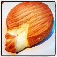 epoisse....best cheese in the world.