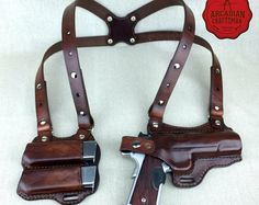 Handmade 1911 Shoulder Holster with Magazine Carrier Custom sizes available, shoulder Rig by arcadiancraftsman on Etsy 1911 Holster, Gun Holster, Leather Holster, Custom Holsters, Leather Projects, Guns And Ammo, Concealed Carry, Revolver, Custom Leather