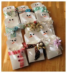 Cute Snowman gift pockets