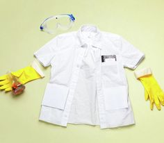How To: Make Mad Scientist's Lab Coat