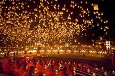 Stunning Photos of Chiang Mai's Floating Lantern Festival - My Modern Metropolis