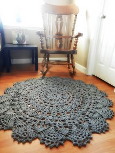 Crochet Doily Rug, Charcoal grey pewter Large round lace area rug, French Cottage Chic- Shabby home decor- rustic carpet floor mat Cabin