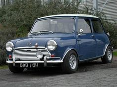 Mini Austin. I want one!