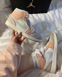 fashion socks with sneakers Jordan Shoes Girls, Girls Shoes, Nike Shoes Air Force, Tan Nike Shoes, Air Jordan Sneakers, Air Force Sneakers, Aesthetic Shoes, Cute Sneakers, Sneakers Nike