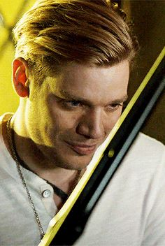 Shadowhunters Series, Shadowhunters The Mortal Instruments, Clary Et Jace, Clary Fray, Shadow Hunters Cast, Jace Lightwood, Dominic Sherwood, Clace, City Of Bones