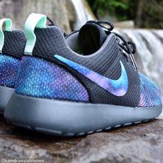 Galaxy Roshe Made to Order Women's Nike Rosherun