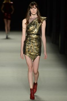 Sfilata Saint Laurent Paris -  Collezioni Primavera Estate 2014 - Vogue