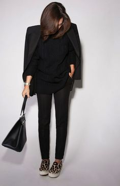 Black is the new Black Street Style Looks