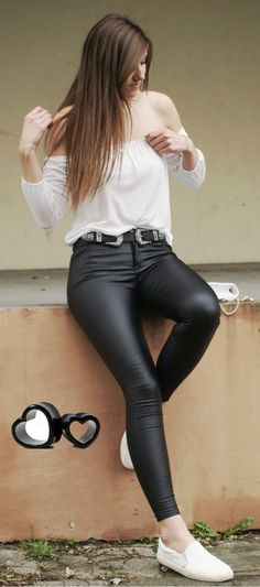 Leather pants style