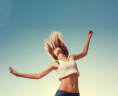 Blonde teenager girl jumping happy with the blue sky in the back by Dimitriy Shabanov - Photo 70984807 / Girl Photography, Amazing Photography, Blond, Motivational People, Summer Fun, Spring Summer, Summer Photos, Female, Teenager Girl