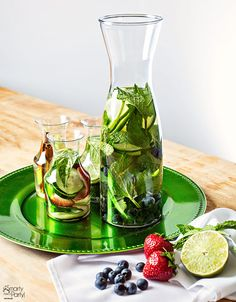 Infused Water Party recipes! Perfect for summer events - keep you guests hydrated in style. | SmartyHadAParty.com