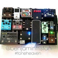 @benjamintristan's pedal board.