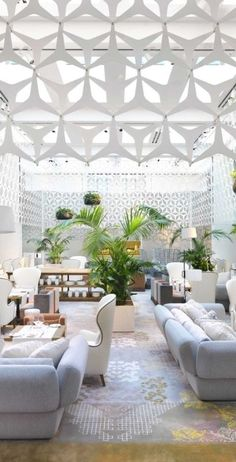 Smack in the center of Barcelona's coveted Passeig de Gràcia thoroughfare, Mandarin Oriental Barcelona exudes edgy modernism and young sophistication.