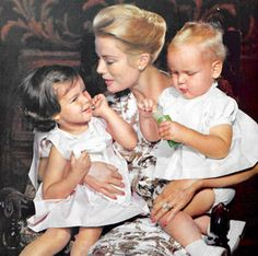 Grace Kelly with children