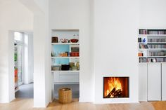 Fireplaces Bodart & Gonay, design and quality fireplace bgfires made in Belgium Foyers, Fireplace Inserts, Modern Fireplace, Next At Home, Firewood, Contemporary Design, Small Spaces, Bookcase, Shelves