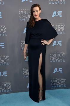 Liv Tyler in a Cushnie et Ochs gown, Nicholas Kirkwood heels, Jimmy Choo clutch, and Neil Lane jewels - The 21st Annual Critics' Choice Awards - January 17, 2016