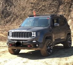 Jeep Cars, Jeep 4x4, Jeep Truck, Fancy Cars, Cool Cars, Jeep Wrangler Renegade, Jeep Trailhawk, Custom Jeep, Jeep Cherokee