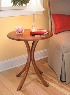 Curved-Leg End Table | Woodsmith Plans