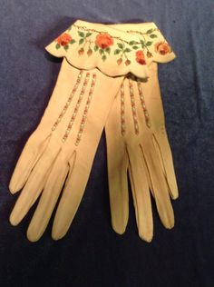 Embroidered 20s gloves by MinaLucinda on Etsy, $40.00