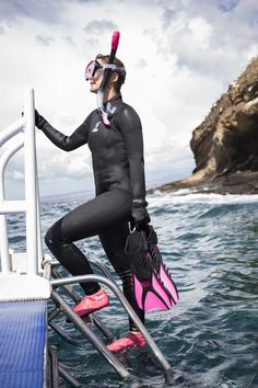 Quality, comfortable snorkeling gear that doesn't break the bank. Snorkel Gear, Snorkel Mask, Scuba Diving Gear, Diving Suit, Womens Wetsuit, Snorkelling, Activewear, Latex, Outdoors