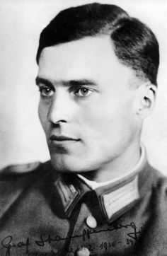 Claus Schenk, erstwhile Graf von Stauffenberg before titles of nobility were abolished. His life was truly ennobled by resistance to the acid rain of Hitler. By offering up his own, he helped give Germany a new life. Truly, he was a heroic figure. World History, World War Ii, History Pics, Graf Von Stauffenberg, Interesting History, Military History, Historical Photos, Old Photos, Wwii