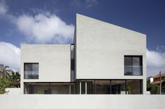 E/J HOUSE by Paritzki & Liani Architects