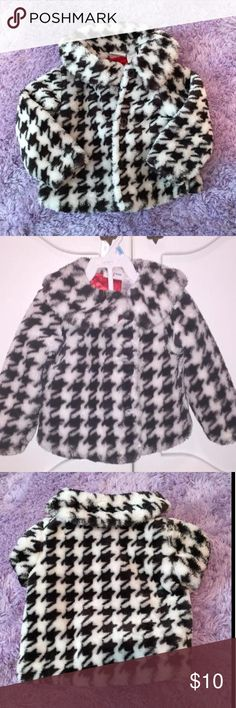 💖Houndstooth Fur Coat Precious Houndstooth Fur Coat for your Lil' Fashionista!!  24mo  Perfect condition. 💕 Dresses