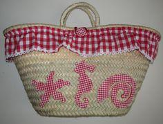 cocodrilova: cesto piscina Summer Bags, Diy Accessories, Gingham, Straw Bag, Reusable Tote Bags, Basket, Quilts, Purses, Handmade