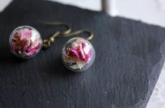 Ohrringe pinke Blüten von Le petit bouton auf DaWanda.com