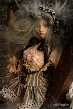 Miss Polly had a Dolly - Midnight by Lydéric et siiara's dolls on Flickr.