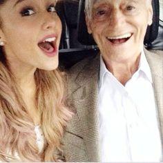 <3 her grandpa looks alike like the future elderly Frankie yes? or no?