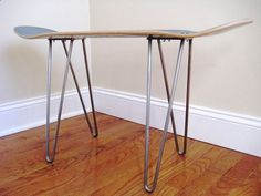 Hairpin Legs - mid century modern look without the high price tag! #WoodworkingPlansMidCentury