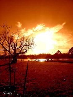 Puesta de sol = Sunset…