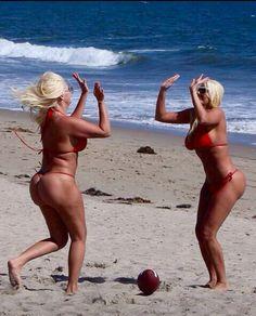 oil wrestling chicks nude