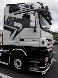 Mercedes Benz Trucks, Volvo Trucks, Mb Truck, Coups, Recreational Vehicles, German, Wheelbarrow, Trucks, Deutsch