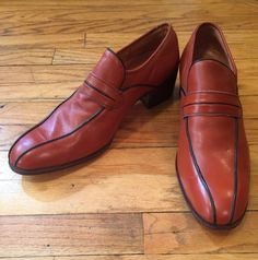 a833c3db9da0 1970s Unione Export Mens Leather Loafers Vintage Dress Shoes Size 43