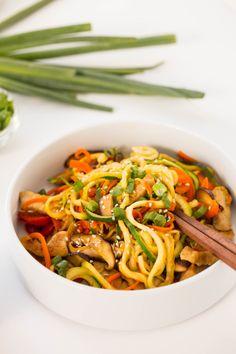 Pork Lo Mein with Zucchini NoodlesReally nice recipes. Every  Mein Blog: Alles rund um die Themen Genuss & Geschmack  Kochen Backen Braten Vorspeisen Hauptgerichte und Desserts