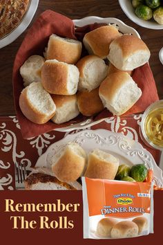 With a great home-baked flavor these rolls are sure to please everyone. In addition to being delectable rolls, Dinner Rolls are perfect for making shaped holiday rolls. Low Carb Recipes, Real Food Recipes, Snack Recipes, Dessert Recipes, Snacks, Artisan Rolls, Almond Biscotti Recipe, Dinner Rolls Recipe, Biscuit Recipe