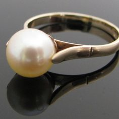 Irish made pearl ring in yellow gold. This lustrous pearl is creamy white in colour which compliments the yellow gold beautifully. Ring size: P (This ring can be resized if required). Vintage Pearls, Vintage Rings, Unique Vintage, Pearl Ring, Pearl Jewelry, Diamond Rings, Diamond Engagement Rings, Galway Ireland, Vintage Diamond